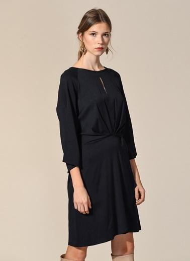 Bağlama Detaylı Elbise-Agenda